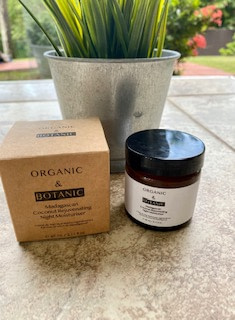 Organic + Botanic Madagascan Coconut Oil night moisturizer Sleep Tight Essential oils from the Therabox August 2020 box