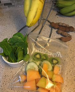 Smoothie packs for time saving smoothie preparations