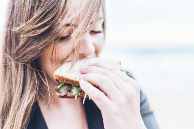 learn to recognize physical signs of hunger