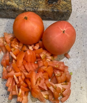 chopped fresh tomatoes for chana aloo recipe