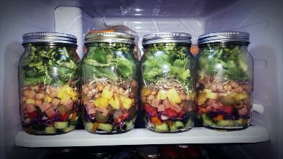 Mason jars for salads